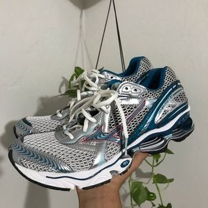 Mizuno wave creation 12 women's running shoes